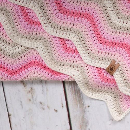 Durable Baby Ripple Blanket Crochet Kit 1 Pink