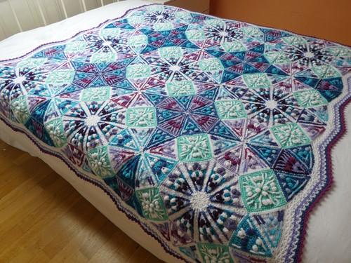 Kaleidoscope Blanket CAL Yarn Kit 1 Jewellery Box