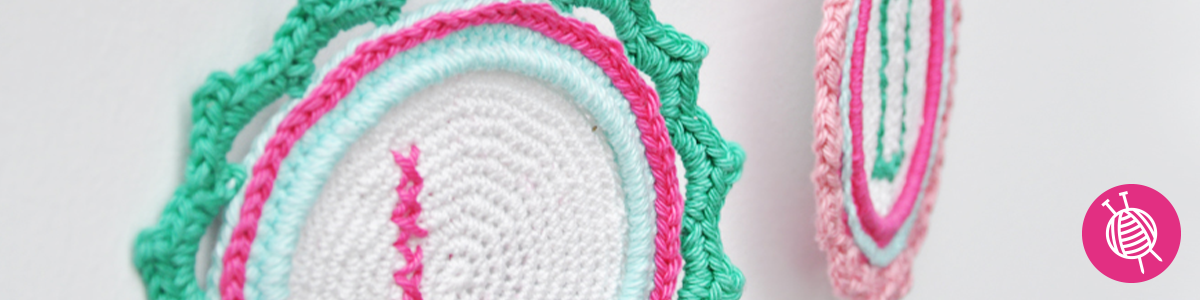 Crochet a Wall Hanging for Mother's Day