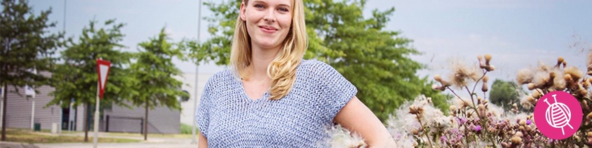 Summer Top with V-neck - Free Knitting Pattern