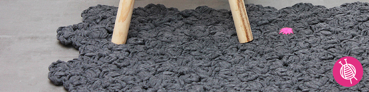 Crochet a floral rug
