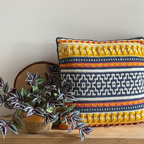 Mosaic Cushion Crochet Kit