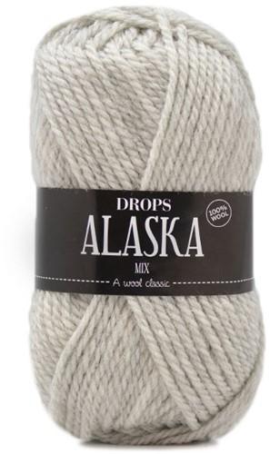 Drops Alaska 63 Pearl Grey