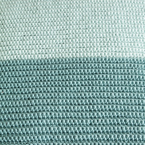 Yarn and Colors Two Tones Comfy Cushion Crochet Kit S 072 Glass / Jade Gravel