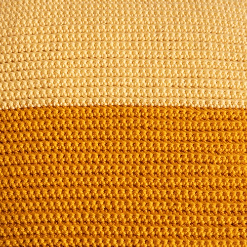 Yarn and Colors Two Tones Comfy Cushion Crochet Kit S 011 Golden Glow / Mustard