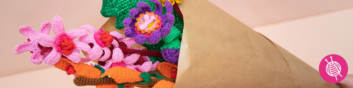 Crochet flowers for spring!