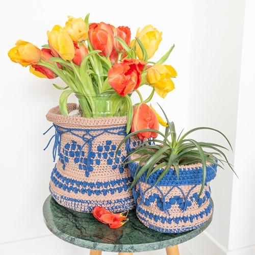 Yarn and Colors Boho Plant Baskets Crochet Kit 006 Taupe