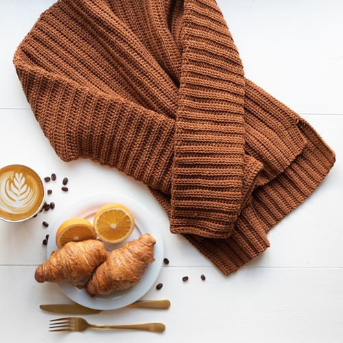 Crochet Pattern Yarn and Colors Brunch Time Sweater