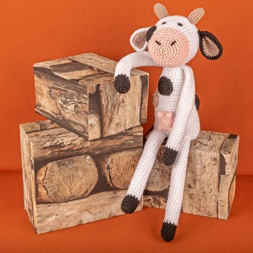 Yarn and Colors Clara Cow Crochet Kit 001 White