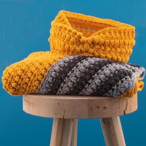 Crochet Pattern Yarn and Colors Criss Cross Dot Headband