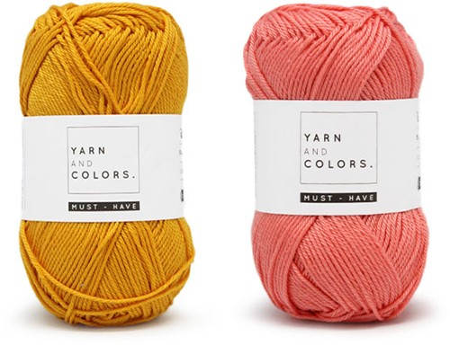 Yarn and Colors Must-Have Cushion Crochet Kit 3 Salmon / Mustard