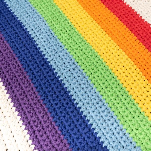 Yarn And Colors Rainbow Rug Crochet Kit