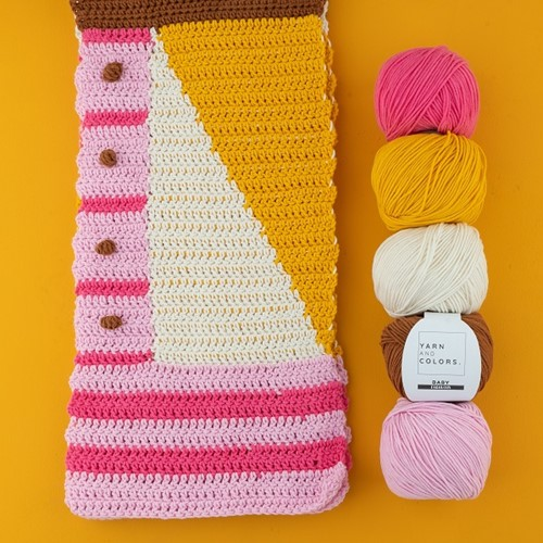 Yarn and Colors Graphic Scarf Crochet Kit 2 Blossom