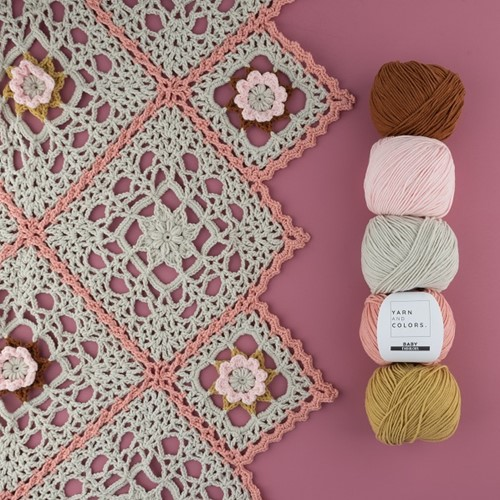 Crochet Pattern Yarn and Colors Romantic Throw