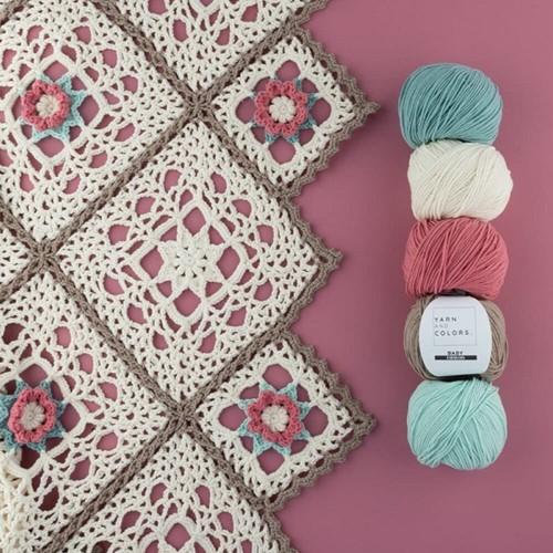 Yarn and Colors Romantic Throw Crochet Kit 1 Cream