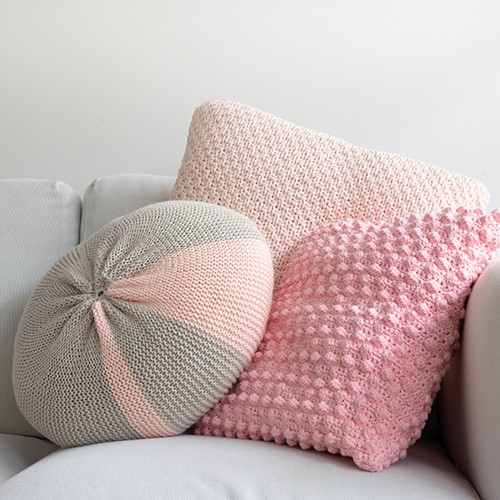 Yarn and Colors Candy Comfy Cushion Knitting Kit 043 Pearl / Birch