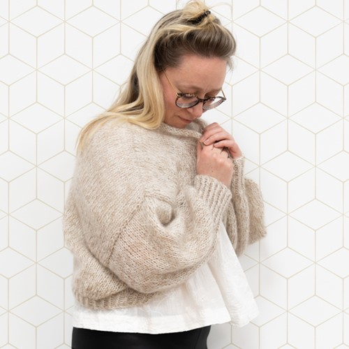 Yarn and Colors Cloud Cardigan Knitting Kit S/M 002 Cream