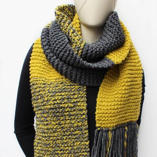 Knitting pattern Essentials Big scarf