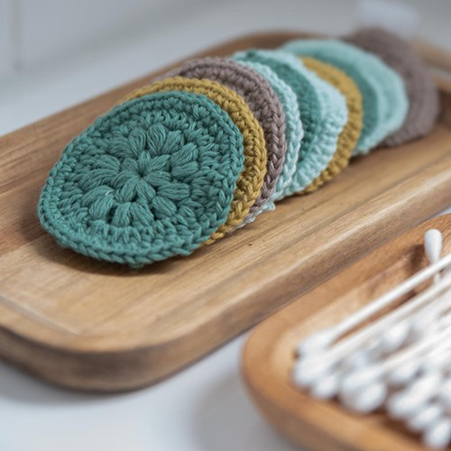 Crochet Pattern Yarn and Colors Face Scrubbies