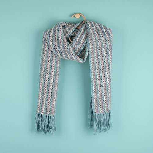 Crochet Pattern Yarn and Colors Fringed Scarf