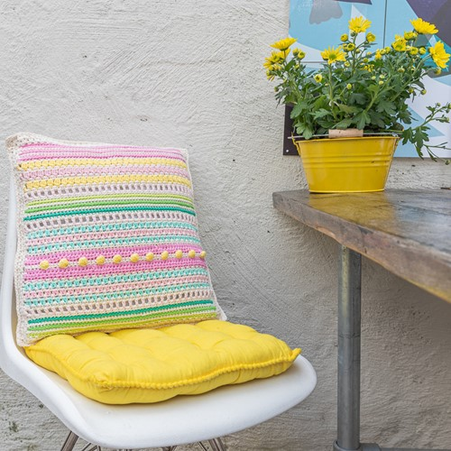 Yarn and Colors Garden Party Cushion Crochet Kit