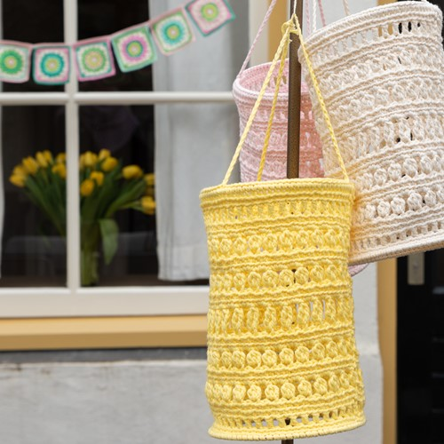 Crochet Pattern Yarn and Colors Garden Party Lantern