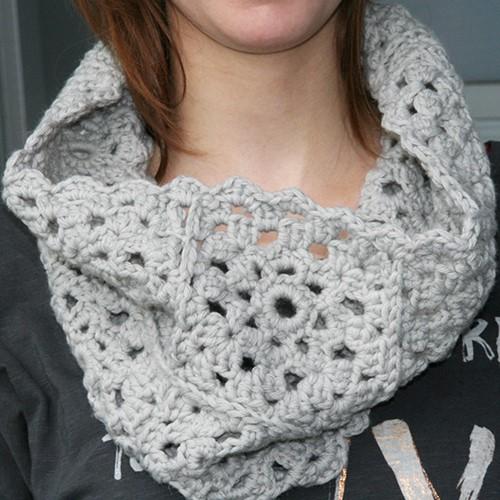 Crochet pattern Granny Square snood