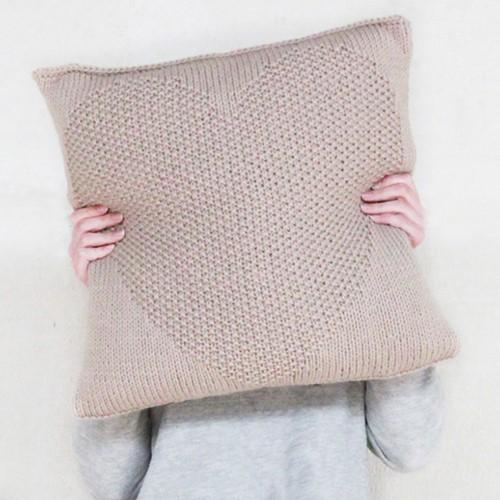 Knitting pattern heart pillow
