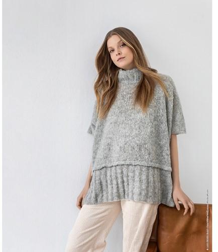Knitting Pattern Nuvoletta Poncho