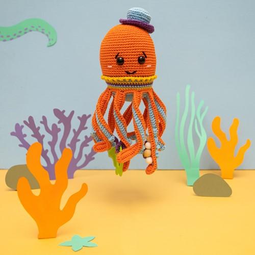 Squid Sensory Toy Crochet Kit 3 Clown