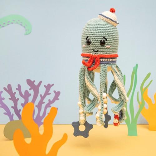 Squid Sensory Toy Crochet Kit 2 Sailor