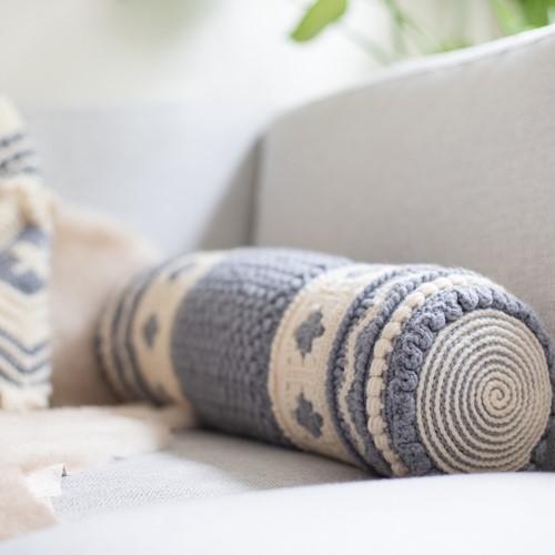Crochet Pattern Dream Roll Cushion 4.0