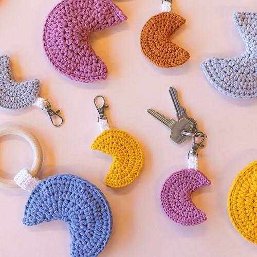 Crochet Pattern Teething Ring - Rattle - Keychain Moon
