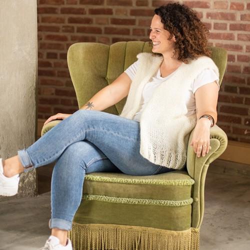 Bea Short Cardigan Without Sleeves Knitting Kit 1 Cream XL