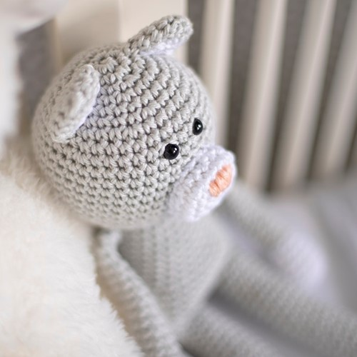 Yarnplaza Cuddly Toy Cat XL Crochet Kit