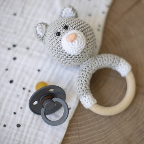 Crochet Pattern Yarnplaza Rattle Ring with Cat