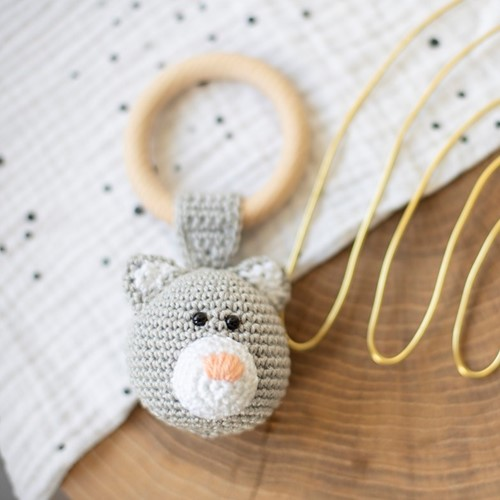 Yarnplaza Rattle Ring with Dangling Cat Crochet Kit