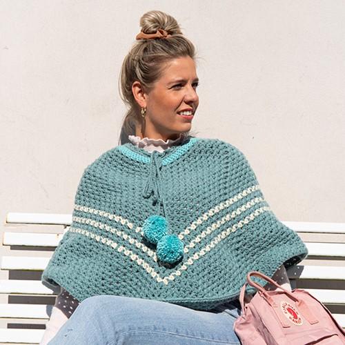 Budgetyarn Poncho Crochet Kit 1 Riverside