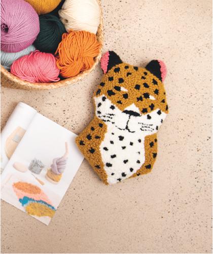 Cheetah Cushion Punch Needle Kit