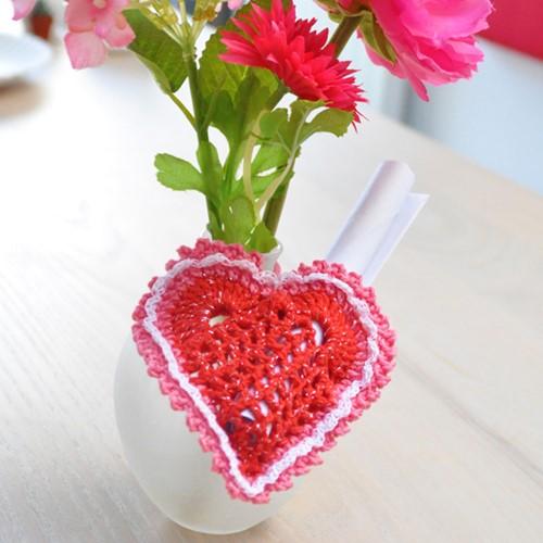 Crochet pattern little heart