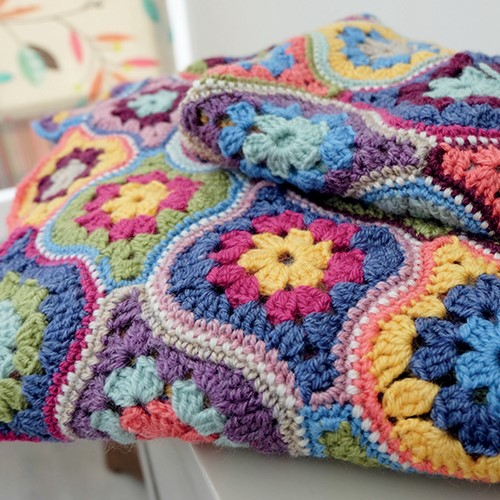 Mystical Lanterns Blanket Crochet Kit