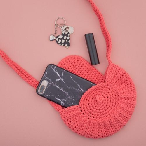 Crochet Pattern Yarn and Colors Petit Purse