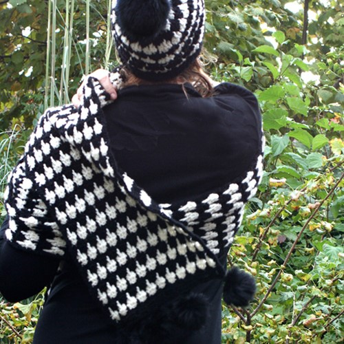 Crochet pattern pied-de-poule scarf and hat