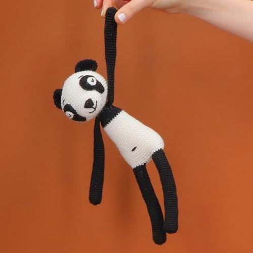 Yarn and Colors Pip Panda Crochet Kit