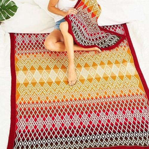 Queen Blanket (Large) CAL Yarn Kit 1 Ruby