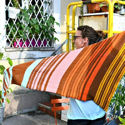 Knitting Pattern Sweet Seventies Shawl