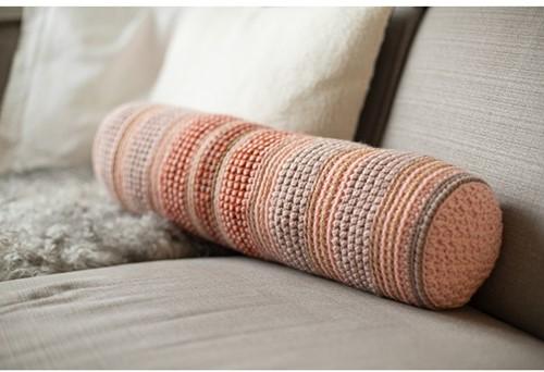 Stayhome 2020 Bolster Cushion Crochet Kit 2 Rosé