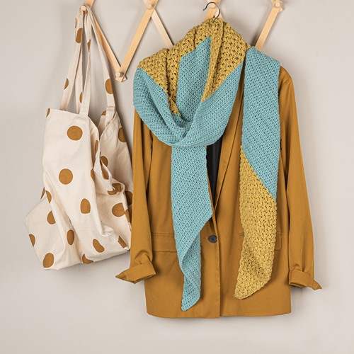 Crochet Pattern Yarn and Colors Slanted Scarf
